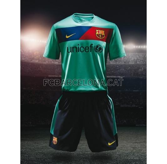 FC_Barcelona_2010-2011_Away_kit